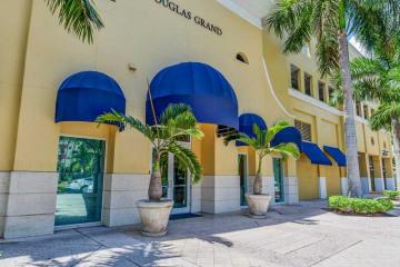 Home for Sale at 50 Menores Av #425, Coral Gables FL 33134