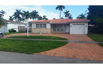 Home for Sale at Hollywood Single Family, Hollywood FL 33021