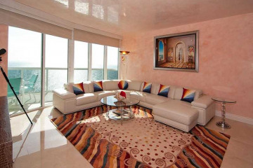 Home for Sale at 17201 Collins Av #3005 #3005, Sunny Isles Beach FL 33160