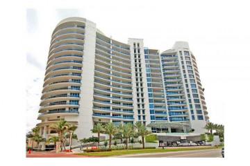 Home for Sale at 5959 Collins Av #1601/2, Miami Beach FL 33140