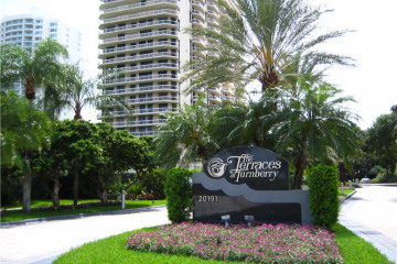 Home for Sale at 20191 E Country Club Dr #2306 #2306, Aventura FL 33180