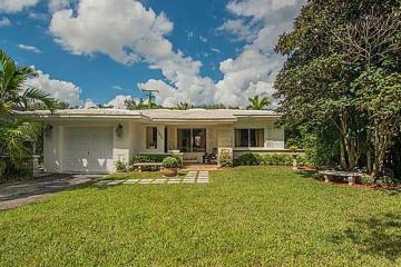 Home for Sale at 1231 Algardi Av, Coral Gables FL 33146