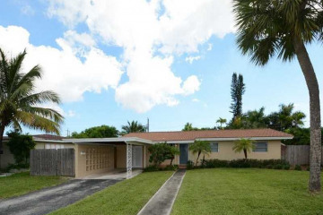 Home for Sale at 2840 NW 9 Te, Wilton Manors FL 33311