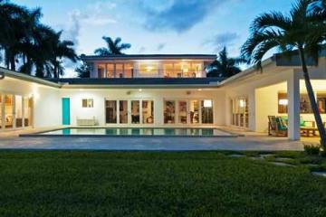 Home for Sale at 1300 NE 94 St, Miami Shores FL 33138