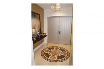 Home for Sale at Sunny Isles Beach Condo/co-op/villa/townhouse, Sunny Isles Beach FL 33160