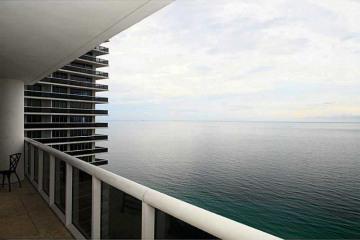 Home for Sale at 1850 S Ocean Dr #3301, Hallandale FL 33009