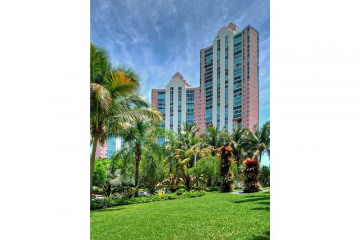 Home for Sale at 3370 Hidden Bay Dr #Ts1801 #TS1801, Aventura FL 33180