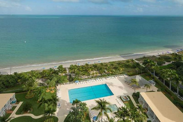 Home for Sale at 881 Ocean Dr #19d, Key Biscayne FL 33149