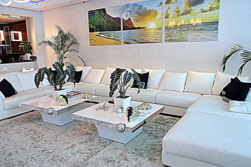 Home for Sale at 2711 S Ocean Dr #3704, Hollywood FL 33024