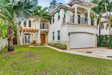 Home for Sale at 4073 Battersea Rd, Coconut Grove FL 33133