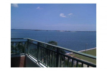Home for Sale at 1155 Brickell Bay Dr #807 #807, Miami FL 33131
