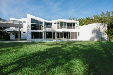 Home for Sale at 4774 Sunset Dr, Miami FL 33143
