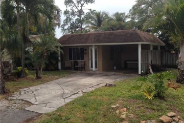 Home for Sale at 100 NE 23 St, Wilton Manors FL 33305