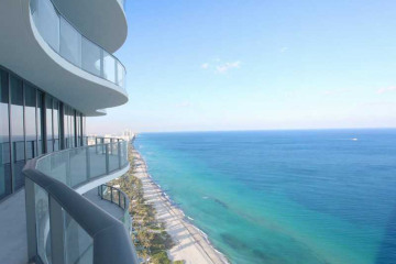Home for Sale at 19575 Collins Ave #40 #40, Sunny Isles Beach FL 33160