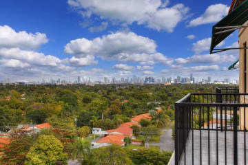Home for Sale at 55 Merrick Wy #824, Coral Gables FL 33134