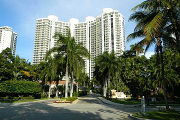 Home for Sale at 6000 Island Bl #104 #104, Aventura FL 33160