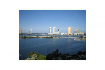 Home for Sale at 3301 NE 183 St #1607, Aventura FL 33160