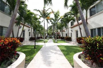 Home for Sale at 1500 Pennsylvania Av #2a #2A, Miami Beach FL 33139