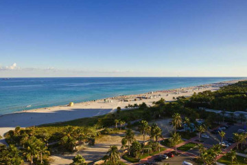 Home for Sale at 2201 Collins Av #1019 #1019, Miami Beach FL 33139
