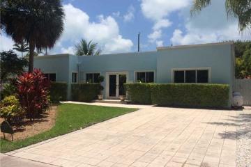Home for Sale at 250 Woodcrest Rd, Key Biscayne FL 33149