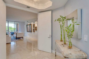 Home for Sale at 749 Crandon Bl #411, Key Biscayne FL 33149