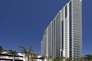 Home for Sale at 1945 S Ocean Dr #2211 #2211, Hallandale FL 33009