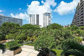 Home for Sale at 251 Crandon Bl #307, Key Biscayne FL 33149