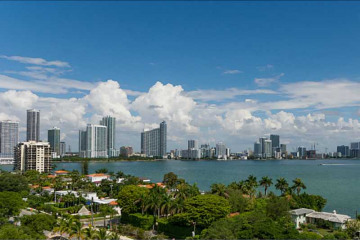 Home for Sale at 1000 Venetian Wy #1012, Miami Beach FL 33139