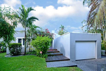 Home for Sale at 1012 SW 5 Pl, Fort Lauderdale FL 33312