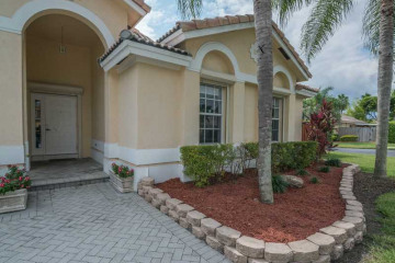 Home for Sale at 15464 SW 143 St, Miami FL 33196