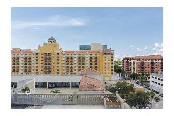 Home for Sale at 10 Aragon Av #702 #702, Coral Gables FL 33134