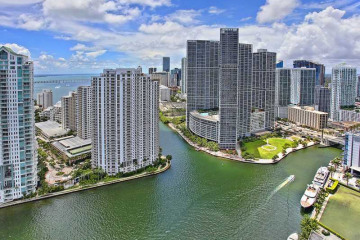 Home for Sale at 325 S Biscayne Bl #4315, Miami FL 33131