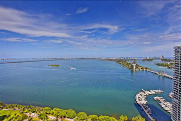 Home for Sale at 1750 N Bayshore Dr #3601, Miami FL 33132