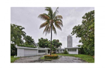 Home for Rent at 6365 Allison Rd, Miami Beach FL 33141