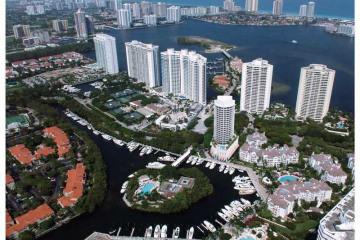 Home for Sale at 4100 Island Bl #1001, Aventura FL 33160