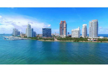 Home for Sale at 7002 Fisher Island Drive #Ph2, Fisher Island FL 33109