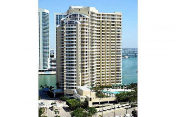 Home for Rent at 888 Brickell Key Dr #2810, Miami FL 33131