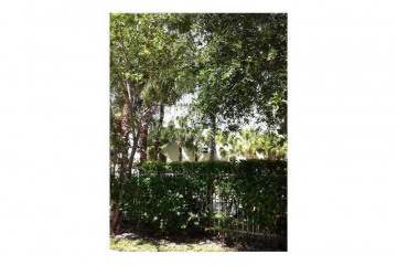 Home for Rent at 8950 SW 69 Ct #413 #413, Pinecrest FL 33156
