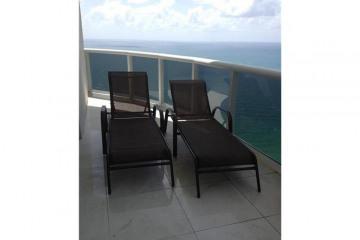 Home for Rent at 16001 Collins Av #3302, Sunny Isles Beach FL 33160