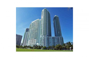Home for Sale at 1900 N Bayshore Dr #3103, Miami FL 33132