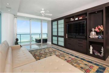 Home for Sale at 6799 Collins Av #802 #802, Miami Beach FL 33141