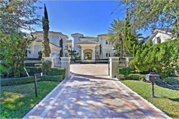 Home for Sale at 700 Harbor Drive, Key Biscayne FL 33149