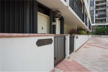 Home for Sale at 1915 Brickell Ave #Th19, Miami FL 33129