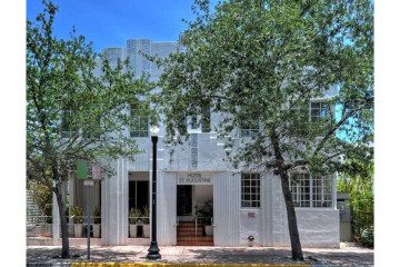 Home for Sale at 347 Washington Ave, Miami Beach FL 33139