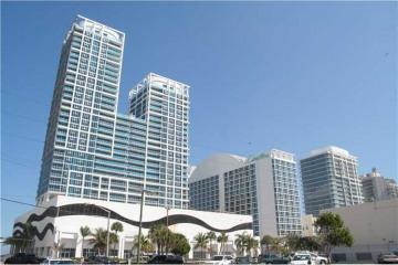 Home for Sale at 6801 Collins Ave #917, Miami Beach FL 33141