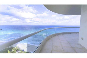 Home for Sale at 16047 Collins Av #1501, Sunny Isles Beach FL 33160