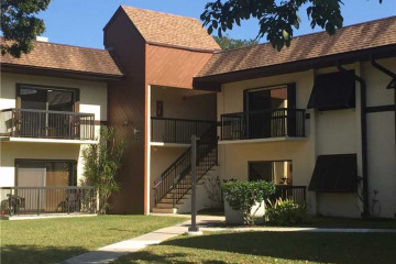 Home for Rent at 7995 SW 86TH ST UNIT#321, Miami FL 33143