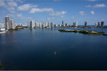 Home for Sale at 7000 Island Bl #1506, Aventura FL 33160