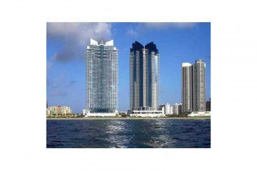 Home for Rent at 17001 Collins Av #801, Sunny Isles Beach FL 33160