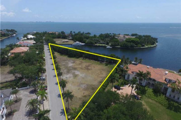 Home for Sale at 100 Arvida Pkwy, Coral Gables FL 33156